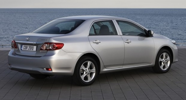 Toyota-corolla-2010-01