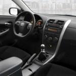 Toyota-corolla-2010-05