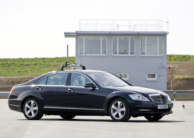 Mercedes Benz Automated Driving