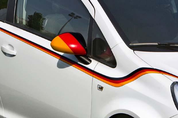 Opel-Corsa-Footbal-Edition-2
