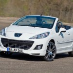Peugeot-207-CC-Black-and-White-Edition-04