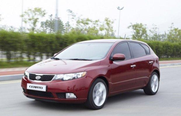Kia-Cerato-Hatchback-00