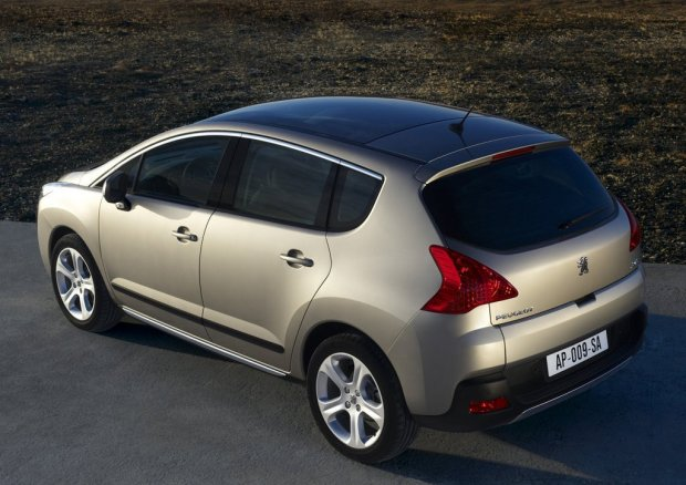 Peugeot-3008-Tiptronic-00