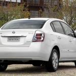 Nissan-Sentra-2012-02