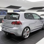 Volkswagen Golf R 05