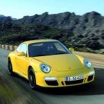 porsche-911-carrera-4-GTS-1