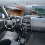 Nissan_NP_300_Pick_up_04