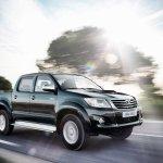 Toyota-Hilux-2012-02