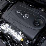 Opel-insignia-2012-4