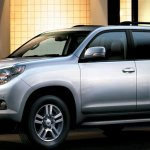 toyota-land-cruiser-01