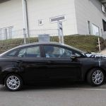ford-fiesta-sedan-fotos-espia-7
