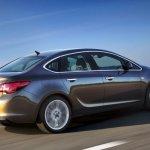 Nuevo-Opel-Astra-Sedan-2