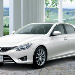 Toyota-Mark-X-2013-1