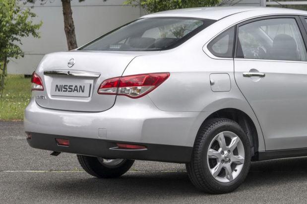 nissan-almera-2013-2
