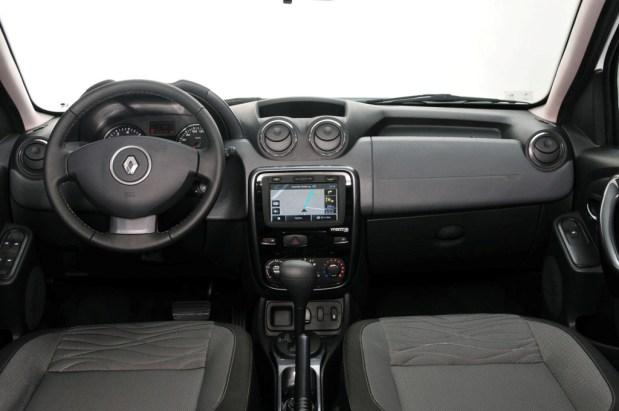 Renault-Duster-TechRoad-4