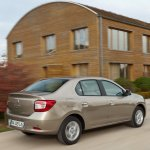 Renault-Symbol-2013-4