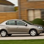 Renault-Symbol-2013-5