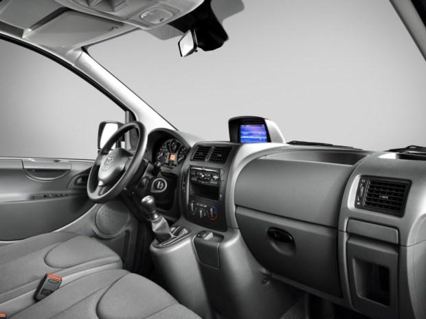 Toyota-ProAce-2013-7