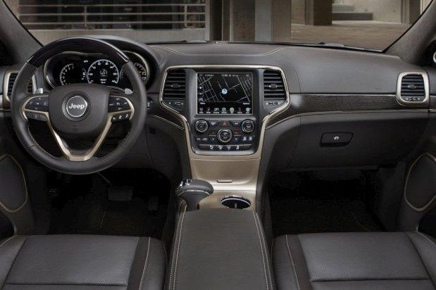 jeep-grand-cherokee-2014-7-interior-3