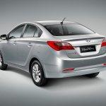 Hyundai-HB20S_2013_5