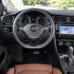 Volkswagen-Golf_VII_2013_4