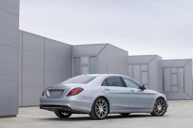 Mercedes-Benz-S63-AMG-2013-2