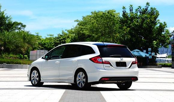 Nuevo-Honda-Jade-2014-3