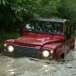 Land_Rover-Defender_2013_1