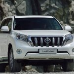 Toyota-Land_Cruiser_2014_1