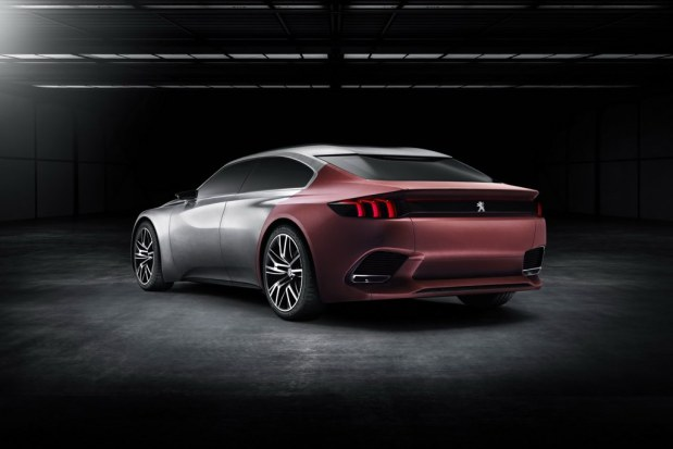 Peugeot-Exalt-4