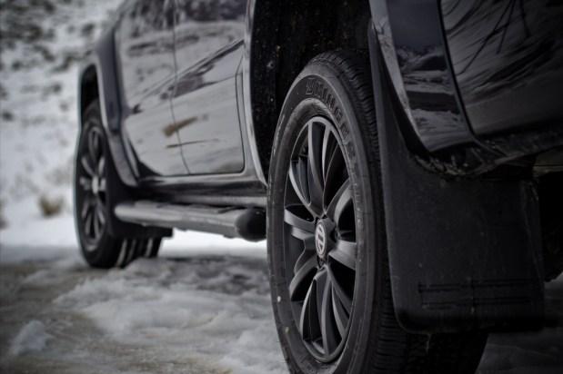 Volkswagen-Amarok-Dark-Label-2