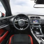 jaguar-xe-sports-salon-11