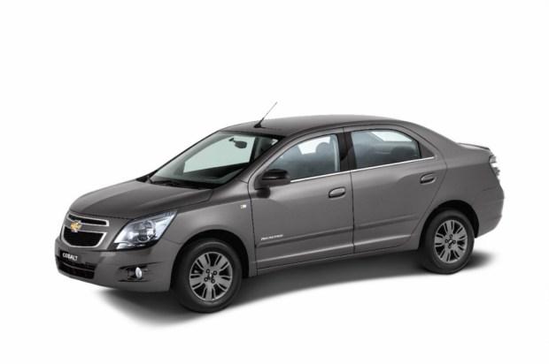 Chevrolet-Cobalt-2015-1