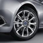 Ford-Taurus-2016-5