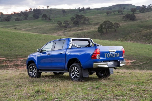 Nueva-Toyota-Hilux-2016-7