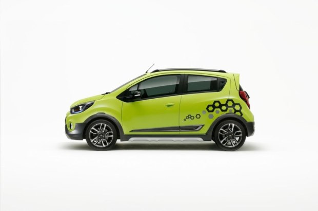 Chevrolet New Beat Activ Side View
