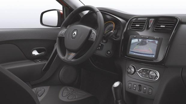 Renault-Sandero-Stepway-Volcom-3