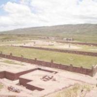 Antiguos Misterios - Puma Punku en Tiahuanaco