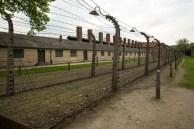 ... Auschwitz era tudo, menos liberdade