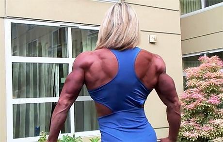 tall female bodybuilders