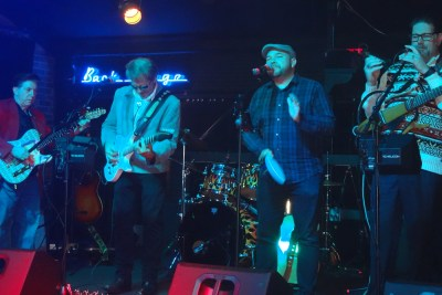 The Alternatives - live review - photo by Eric A. Harabadian