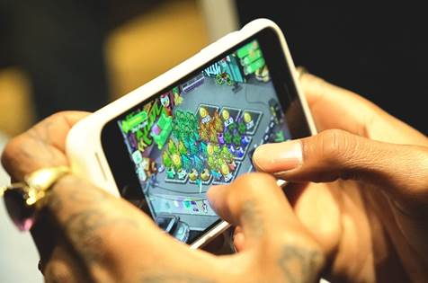 Wiz Khalifa releases mobile game