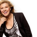 Kelly Clarkson at music biz 2017 - photo from kelly-clarkson.org
