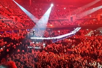 justin-timberlake-live-hydro-glasgow-crowd-april-2014