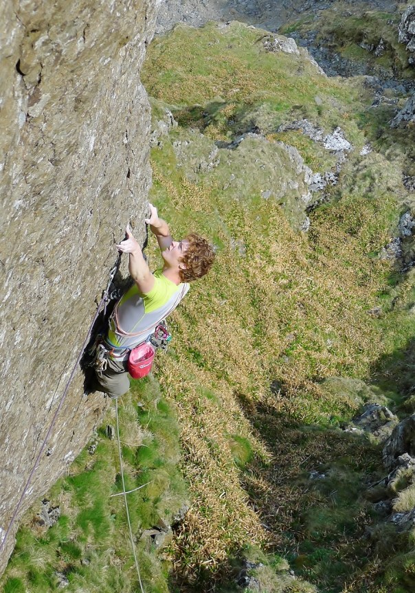 Leading the initial section of 'Authentic Desire', E7 6b. Photo- Ed Booth