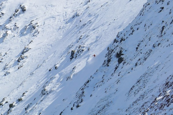 Skiing in the Carneddau. Photo- Jamie Holding