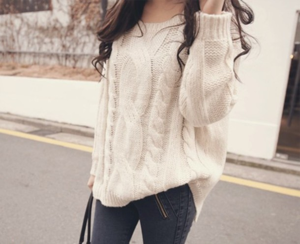 qpgbxl-l-610x610-sweater-clothes-big-white-cute-tumblr-knit+sweater-fall+fashion-oversized+sweater--white-cute+sweaters-pants-cr