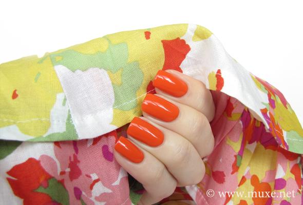 Loreal nail polish 303 Lush Tangerine