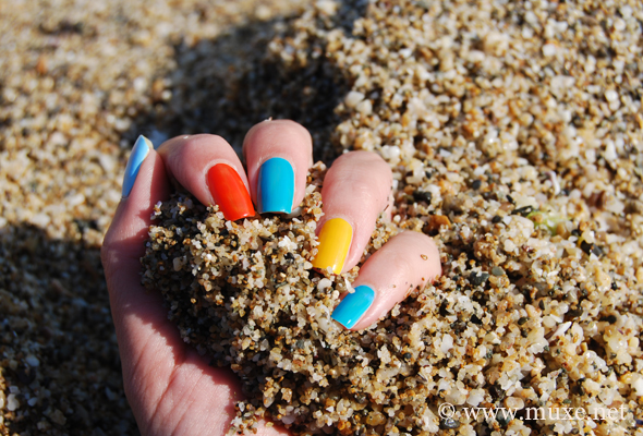 Colorful nails and sand