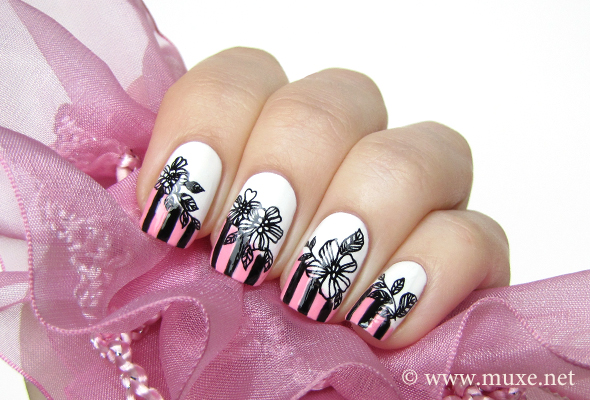 Black and pink stripes nail art